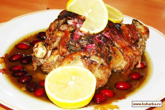 Рецепт Баранья ножка с беконом в кизиловом соусе