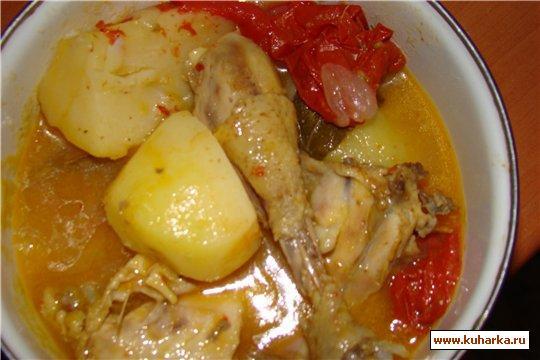Рецепт Курица отварная с помидорами без жировых добавок
