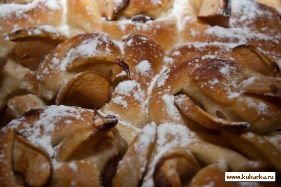 Рецепт Сладкий пирог с двойной начинкой и яблоками