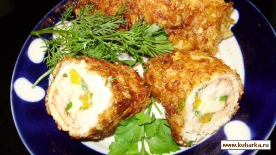 Рецепт Завитушки с колбасным сыром в кукурузных хлопьях.
