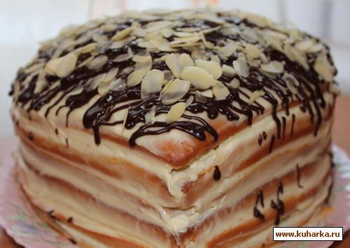 Рецепт Бисквитный торт со сметанным кремом и фруктами