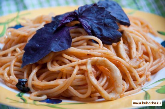 Рецепт Спагетти с рагу из кальмаров
