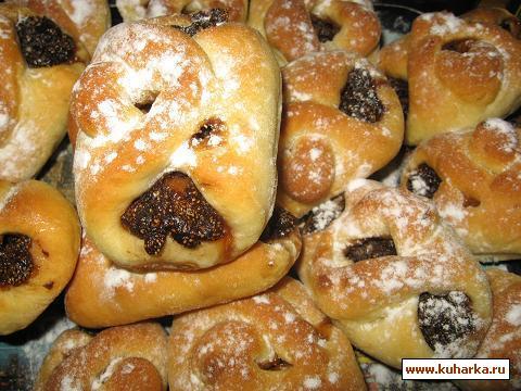 Рецепт Пирожки сдобные с сушёной клубникой