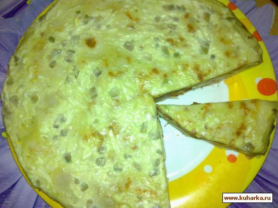 Рецепт Блинный пирог с авокадо и семгой