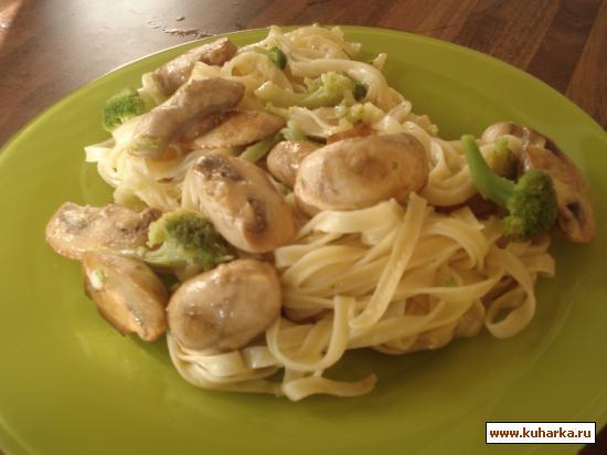 Рецепт Паста с брокколи и грибами