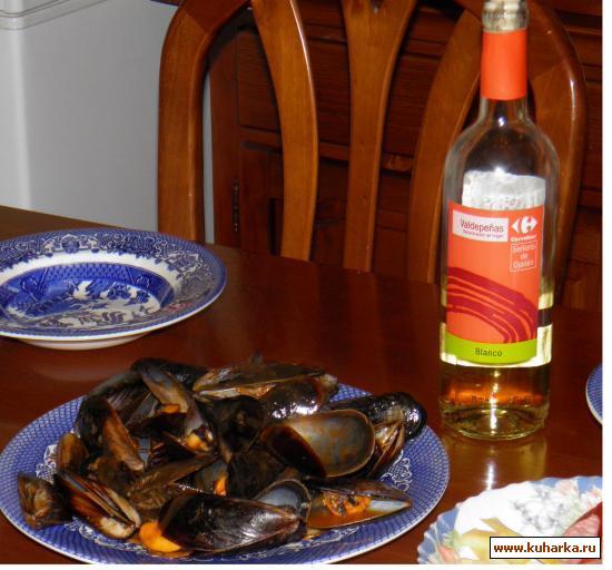 Рецепт Мидии в белом вине (Mejillones al Vino Blanco)