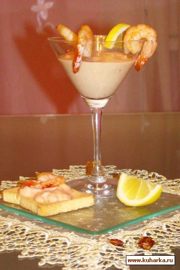 Рецепт Семга жареная под сливочным соусом с жареными креветками (закуска)