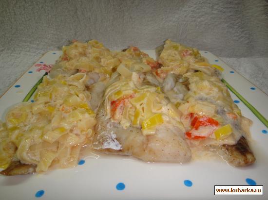 Рецепт Запеченная мерлуза (хек) с соусом и луком-пореем