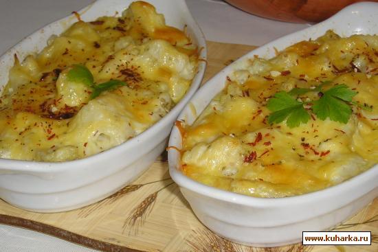 Рецепт Цветная капуста под сливочно-сырным соусом