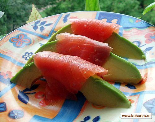 Рецепт Авокадо с красной рыбкой