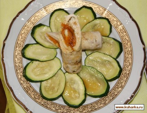 Рецепт Рулет из куриной грудки с курагой и миндалем