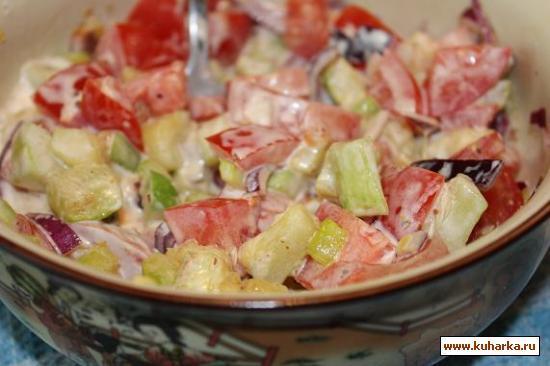 """Рецепт Салат""""Нежный"""" из помидоров и жаренных кабачков"""