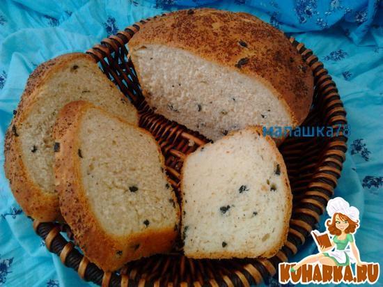 Рецепт Хлеб с маслинами, сыром и чесноком.