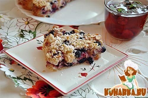Рецепт Летний пирог с ягодами и сливками