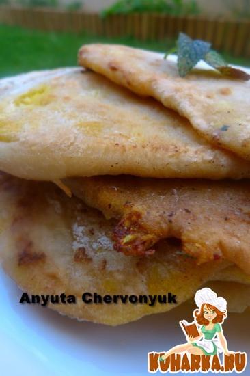 Рецепт Гоби парата (Лепёшки, начинённые цветной капустой).