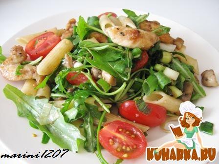 Рецепт Салат с макаронами и курицей