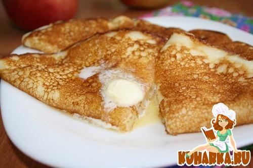 Рецепт Блины на кефире с яблоками.