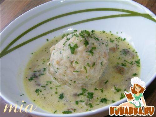 Рецепт Хлебные кнедлики с грибным соусом (Semmelknоedel mit Schwammerlsosse)
