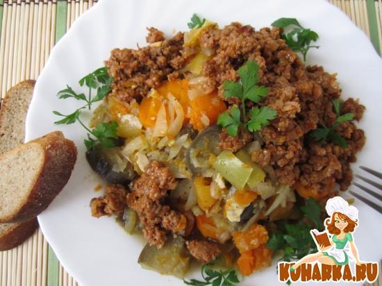 Рецепт Овощное рагу с мясным фаршем.