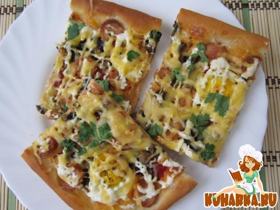 Рецепт Пицца с грибами и луком.