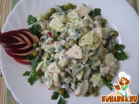 Рецепт Салат «Картофельный» с яблоком и горошком.