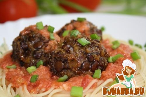 Рецепт Постные чечевичные фрикадельки с томатным соусом.