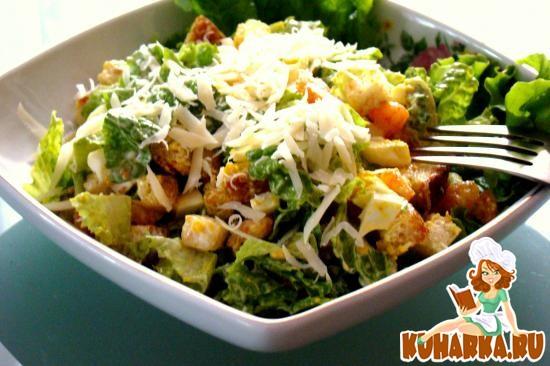 Рецепт Салат с креветками и сухарями