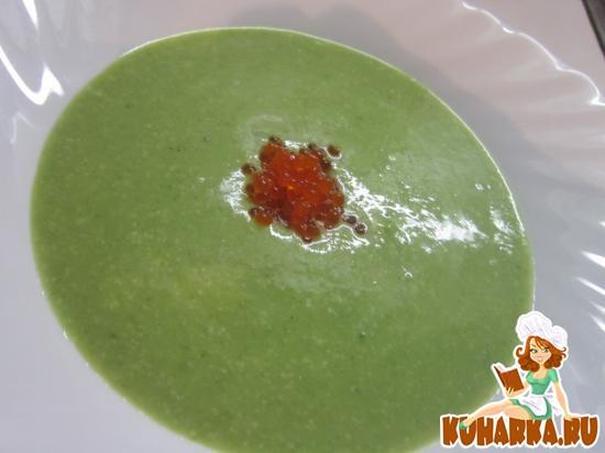 Рецепт Сливочный суп из брокколи с икрой