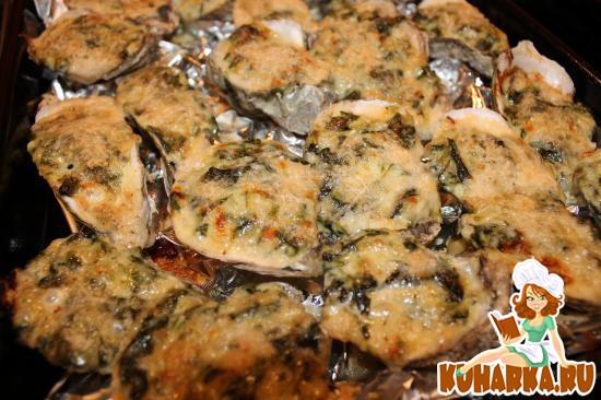 Рецепт Устрицы запеченные со шпинатом и пармезаном