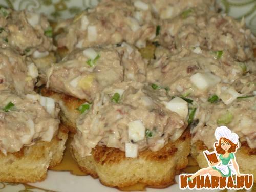 Рецепт Рыбный салатик на тостах
