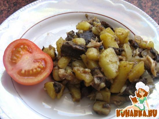 Рецепт Картошка жареная с грибами и отварным мясом