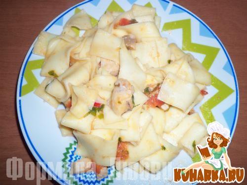 Рецепт Паста с кусочками рыбы-меч и помидорками черри (pasta con pesce-spada).