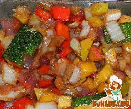 Рецепт Теплый салат с манго и овощами