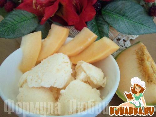 Рецепт Mороженое из дыни и абрикосов с Филадельфией.