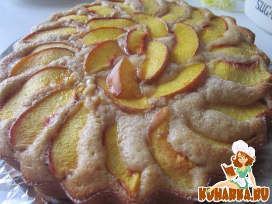 Рецепт Вкусный легкий пирог на растительном масле и йогуртом с фруктами
