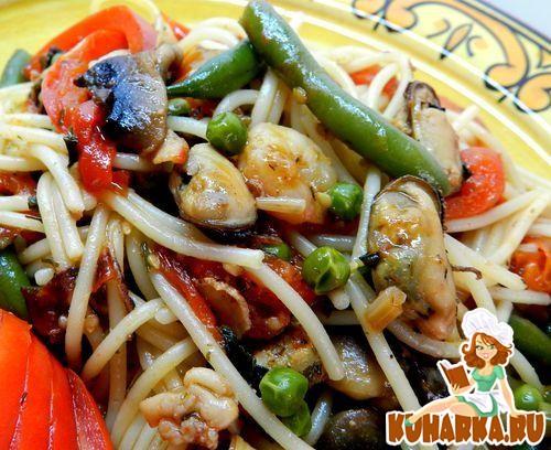 Рецепт Спагетти с морепродуктами и овощами