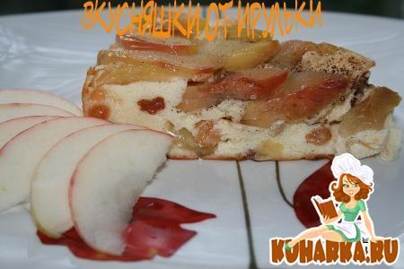 Рецепт Творожник с яблоками в карамели