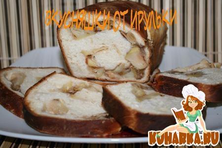 Рецепт Рулет из дрожжевого теста с изюмом и с яблочной начинкой