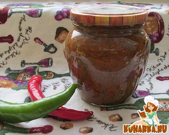 Рецепт Острая аджика с томатной пастой