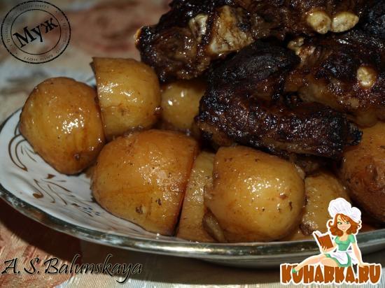 Рецепт Ароматные свиные ребра с печеным картофелем