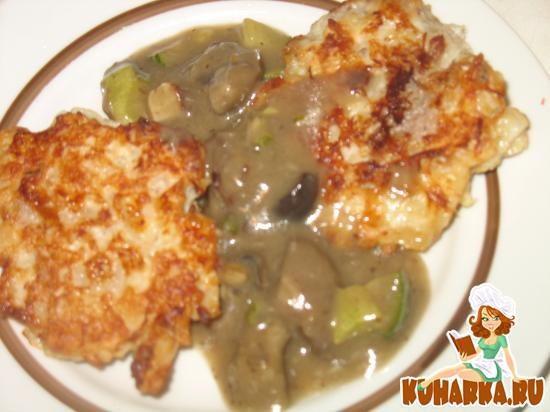 Рецепт Котлеты из капусты и мяса с грибным соусом