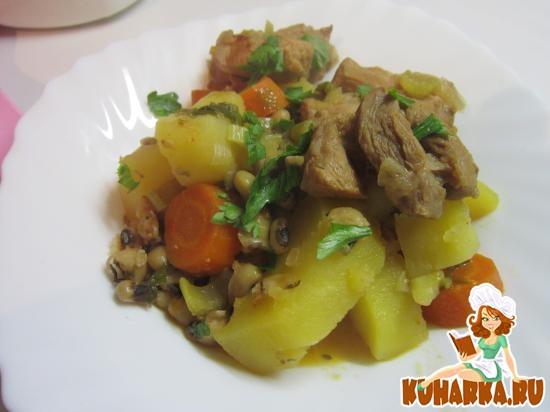 Рецепт Свиные ребрышки с картошкой и фасолью