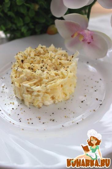 Рецепт Салат из сельдерея, сыра и яблок