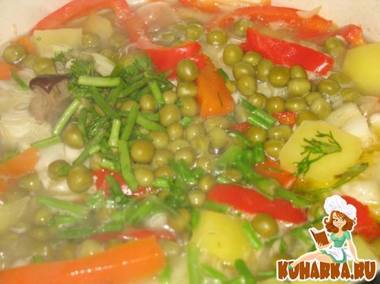 Рецепт Рагу овощное с картофелем, грибами и отварной курицей