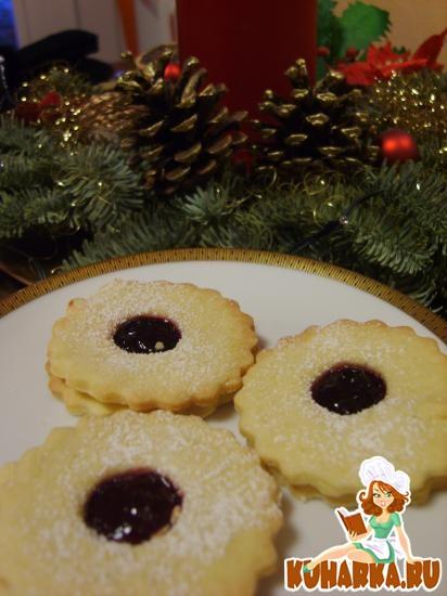 Рецепт Песочное печенье с начинкой из варенья