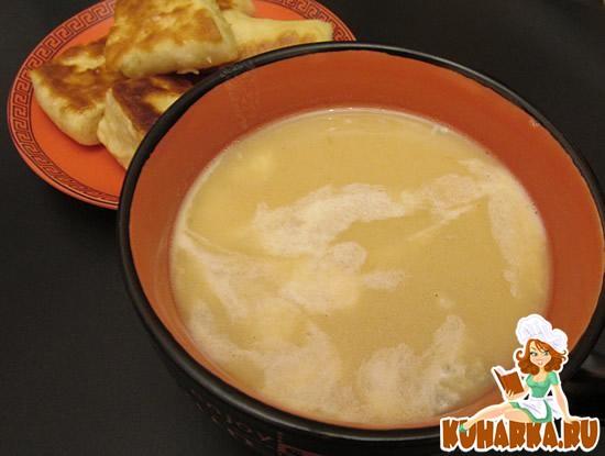 Рецепт Картофельный суп с луком-пореем и голубым сыром