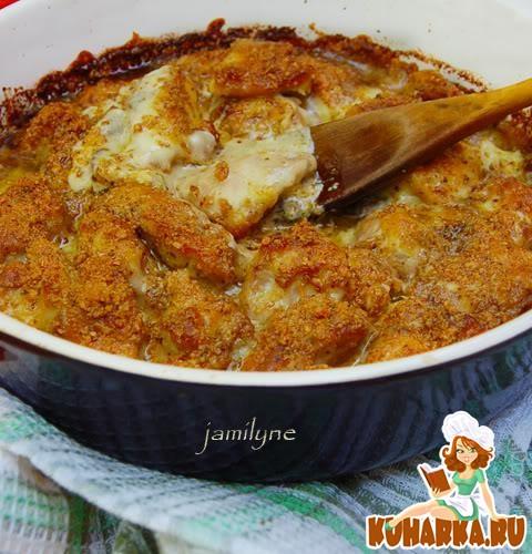 Рецепт Куриное филе в орехово-грибном соусе