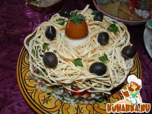 Салат лесная тайна с кальмарами и маслинами рецепт с фото