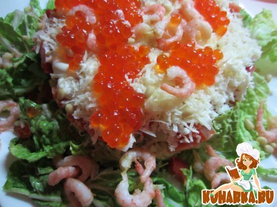 Рецепт Салат с семгой, авокадо и огурцом