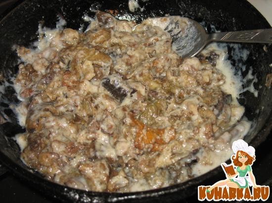 Рецепт Гуляш из вареного мяса с грибами